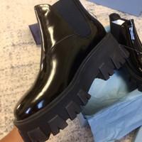 ayak bileği kadın ayak bileği çizmeleri toptan satış-Tasarımcı kadın Ayakkabı Beyaz Rugan Moda İngiliz Çizmeler Yuvarlak Ayak Martin Çizmeler Tıknaz Topuk Yuvarlak Ayak kısa 6 CM Topuk Ayak Bileği Çizmeler
