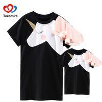vestidos impressos engraçados venda por atacado-Família Roupas Combinando Mãe Filha Vestidos Fósforos Vestido Unicórnio T-shirt Para A Mamãe Mamãe Me Impressão 3D Roupas Engraçadas Outfits Y19051504