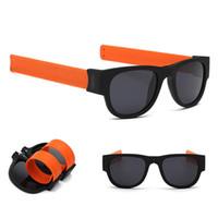 lunettes pliantes pour femmes achat en gros de-Lunettes de soleil femmes Slap Lunettes de soleil Hommes polarisé Slappable Bracelet Poignet Fold Shades Fashion Mirror Oculos Coloré lunettes de plein air