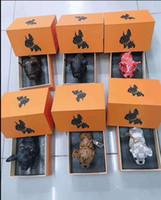 key chain venda por atacado-Luxo designer de chaveiro bettor chave pingente de couro genuíno chaveiro saco do carro pingente de alta qualidade caixa de presente embalagem multi-color opções
