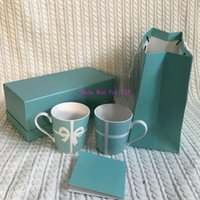 becher tasse box großhandel-NEU Luxus Muster blau Ti Becher 2er Set mit Geschenkbox Caramic Bowknot Cup Collection Kaffeetasse für Büro oder Home Party Geschenk