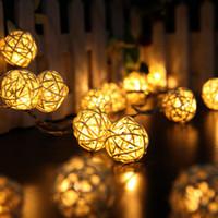 12v partei führte schnur lichter großhandel-LED Party Decor Wicker Rattan Ball Lichter LED String Fairy Light im Dunkeln leuchten Laterne Hochzeit Party Decor Geschenk