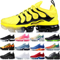 chaussures de tennis jaune achat en gros de-Nike Air Vapormax TN PLUS Max pas cher Hommes Femmes Chaussures De Course BE TRUE Jaune Triple Noir Blanc Hyper Rouge Hommes Designer Trainer Sport Sneaker