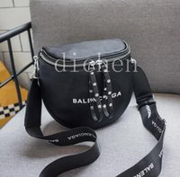 Wholesale bucket bags for men for sale - Group buy Womens and Men Fashion Bags Fashion Bag Totes Messagebag Hangbag Totes for Womens with Letter Hot