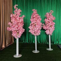колонны свадебных реквизитов оптовых-Имитация вишневого дерева Красочное искусственное вишневое дерево. Римская колонна. Дорожки.