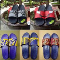 ingrosso ampie scarpe da tennis-Uomo Donna Sandali Scarpe di design di lusso Scivolo Estate Moda ampia piatta Sandali scivolosi Slipper Flip Flop scarpa sneaker zapatillas taglia 36-45