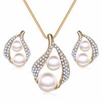 doppel-perlen-schmuck-set großhandel-Neue Bijoux Luxus Doppel Simulierte Perlenschmuck Set Gold-farbe Glänzende Strass Imitation Perle Blatt Ring Dubai Kristall Hochzeit Schmuck
