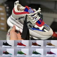 nuevo arte de la moda al por mayor-Versace men shoes Nuevo ACE Luxury Chainz Chain Reaction Love Sneakers Sport Diseñador de moda de lujo Calzado informal negro Trainer Ligero en relieve Suela