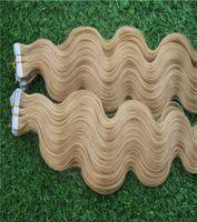 rallonges cheveux 12 bandes marron clair achat en gros de-Marron clair doré couleur vague de corps Remy Highlight Tape Dans la colle de trame de peau sur les cheveux 40Pcs / 100g 10-30 pouces Extensions de cheveux de trame de peau