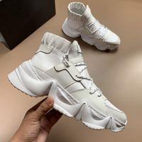 top model hombre zapatos deportivos al por mayor-zapatos de lujo otoño de 2019 nuevos modelos de zapatillas de deporte de los hombres del cuero genuino de los hombres de alta superior zapatos gruesos ocasionales de los deportes de fondo zapatos blancos