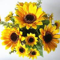 ramos de flores de seda amarilla al por mayor-13 Cabezas de Seda Amarilla Flores Artificiales de Girasol 7 Rama / ramo Para la Oficina en casa Fiesta Jardín Hotel Decoración de la boda A5230