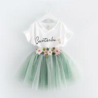 beyaz etek takımları toptan satış-Kore Yaz 2019 bebek kız giysileri Elbise Takım Elbise beyaz mektup T gömlek Çiçek tutu etek 2 adet setleri çiçek çocuk giyim Kıyafetler A488