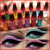 12 renk makyaj göz harı toptan satış-CmaaDu Kola Tarzı 12 Renkler Glitter Sıvı Eyeliner Su Geçirmez Pigment Çok Renkli Göz Farı Güzellik Göz Kalemi Makyaj