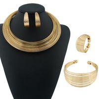 collar de aretes de boda conjunto al por mayor-Conjuntos de joyas de diseñador Conjuntos de joyas de raya Gargantillas de metal dorado pulseras pendientes anillos para las mujeres joyería de la boda