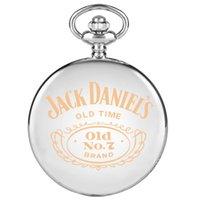 relógios antigos venda por atacado-Presentes Old Time Laser gravou o design quartzo relógio de bolso de prata Retro Pendant Steampunk o relógio de Jack Daniel para mulheres dos homens