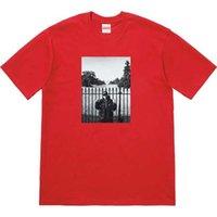 белые боксерские шорты оптовых-Дизайнер красная коробка логотип человек футболка Tide бренда Досуг дикие футболки высокого качества продажи с коротким рукавом Белый дом с короткими рукавами футболки