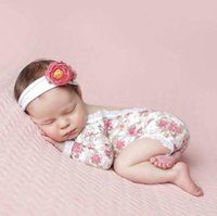 sevimli bebek fotoğrafları çiçekler toptan satış-Bebek Kız Fotoğraf Sahne Bebek Sevimli Yenidoğan çiçekler Yelek Dantel Romper Bodysuit Resimleri Giyim Aylık Fotoğraf Çekimi Kıyafetler
