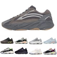 120b1652e520c adidas Yeezy Boost 700 « Wave Runner » – Le Buzz Blog