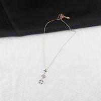 natürliche perlen anhänger großhandel-Frauen Klee Dreieck Anhänger Halskette Designer Schmuck Luxus Frau Natürliche Perlmutt Halskette Gold Hochzeit Schmuck