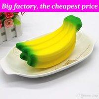 sangle banane achat en gros de-Fruit squishy banane 17cm * 8.5cm énorme Slow Rising Doux Squeeze Mignon Téléphone Cellulaire Strap cadeau Stress enfants jouets Decompression Toy