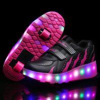 tekerlekli paten ayakkabıları toptan satış-Yanıp Sönen LED Dounle Tekerlekler Paten Ayakkabı Flaş Paten Ayakkabı Erkek Kadın Için Renkli Parlayan Paten Sneakers