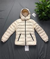sudadera con capucha gruesa para el invierno al por mayor-Diseñador de las mujeres abrigo abajo otoño invierno chaqueta con capucha gruesa para dama marca cortavientos chaqueta exterior con capucha mujeres abajo abrigo