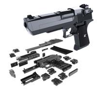 çocuk blokları toptan satış-43 Adet / takım DIY Silah Blok Çöl Kartal Modeli Yapı Tuğla Ile Uyumlu Talimat Uyumlu Silah Oyuncaklar Çocuk Erkek Noel Hediyesi Için