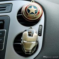 clips de l'homme de fer achat en gros de-2018 New Iron Man Captain America bouclier prise de voiture parfum original auto parfums désodorisant voiture climatisation clip Vent