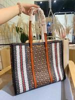 Wholesale hot sell handbag famous brand resale online - beautiful Hot sell Designers famous brand men PU leather handbag women lady shoulder Travel bags mini purse