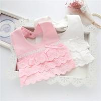 bebek bandana giysileri toptan satış-Bebek Önlükler Sevimli Pamuk Dantel Yay Prenses Bebek Yürüyor Bandana Önlükler Yumuşak Bebek Önlüğü Giyim Aksesuarları