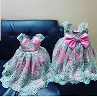 yeşil dantel kanadı toptan satış-Kısa Kollu Boncuklu Kanat Küçük Kız ilk komünyonu Yarışması Abiye Ucuz ile Sevimli Yeşil Dantel Çiçek Kız Elbise 2020