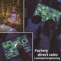 quadros leves venda por atacado-Desenhar com luz Fun Drawing Board Brinquedos Pintura suprimentos Brinquedos Bebê Magia desenhar Educacional Creative Home Luminous Entregue a escrita Board