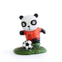 ingrosso vacanza auto-E-quattro cinesi a mano di vernice Calcio Panda resina Dashboard Auto Arredamento Car Home Office ornamento migliore Souvenir Car