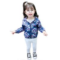 coreano estilo jaqueta primavera menina venda por atacado-Crianças Casaco 2019 Primavera Novo Estilo Coreano-Estilo Moda Impresso Unisex Crianças Meninos Meninas Casaco Com Capuz