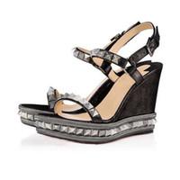 bayan ayak bileği kayışları toptan satış-Kadın tasarımcı ayakkabı Kırmızı Alt Kama Cataclou Sandalet Altın Patent Deri Çivili Bayanlar Ayak Bileği Kayışı kadın Kutus ...