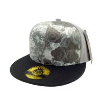 Wholesale Luxury brand Designer hats baseball cap European and American  fashion street hat men s golf cap Atlanta Falcons Snapback c2e81792702c