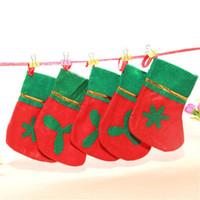 tecido meias natal venda por atacado-Novo Design 12 Pcs Bonito Não-Tecido de Presente de Natal Meias Meias Decorações de Natal Ornamentos-Tamanho S (Padrão Aleatório)