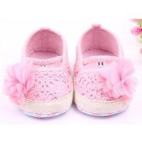 ingrosso scarpe da prua dentellare-Scarpe da bambino Girl Boy Soft Flower Sneaker Antiscivolo Scarpe da lavoro a mano per bambini Fibre acriliche Bianco, Pink Crib Shoe mujer