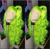 blaue perücke qualität großhandel-Hochwertige fluoreszierende grüne Cosplay Perücken rot / blond / blau / burgunder brasilianische volle Spitzeperücke hitzebeständige Kunsthaarperücke für Frauen