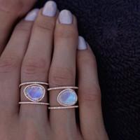 diamante natural 14k al por mayor-Exquisito anillo de plata esterlina 925 Piedra lunar natural 14K Oro rosa macizo Diamante Fiesta Joyería Promesa Fecha Compromiso de regalo Alianza de boda Rin