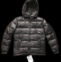 mens windproof coat toptan satış-Erkek Tasarımcı Aşağı Coat Lüks Kalın Windproof Ceket Günlük Kış Açık Etiket Etiket parkas ile kapüşonlu Isınma