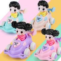 kinderwagen design großhandel-Kinder Kunststoff Kart Kreatives Design Cartoon Autos Flexible Trägheit Exquisite Auto Umweltfreundliche Spielzeug Kinder Mädchen Puppe 4 5lh O1