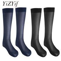 erkekler uyluk çorapları toptan satış-YiZYiF 2 Pairs Erkek Çorap seksi uyluk yüksekler uzun Stocking Çizgili Ince Nefes Çorap Over-the-Buzağı Ekip iş İpek Çorap Erkekler