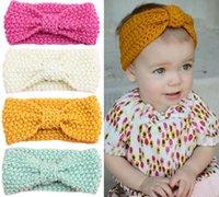 flores de crochet para faixas de bebê venda por atacado-Crochet Baby Girl Headbands Pérola Flor Arcos Do Bebê Nó Faixa de Cabelo Ear Warmer Knitted Newborn Headband Haarband Outono Inverno