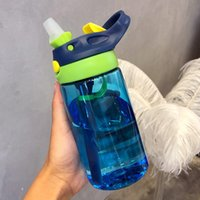 yeni doğan şişe yemi toptan satış-Su şişesi Yeni 500 ML 4 Renkler Bebek Su Şişeleri Bebek Yenidoğan fincan Çocuk Çocuklar için Besleme Saman Suyu Içme Şişe BPA Öğrenm ...