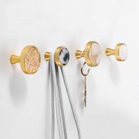 комод двери тянет оптовых-Украшение настенные крючки для подвешивания Hat подвешенным Крюк золото кабинет дверные ручки и ручки Dresser Ручки Тянет на стене Оборудование