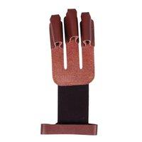 ingrosso arco protezione per le dita-Tiro con l'arco Guanti 3 dita in pelle Shooting Guard Finger Protector nero e marrone per il composto a mano arco