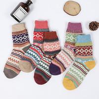 medias de algodón vintage al por mayor-2019 más nuevos calcetines de lana de las mujeres del estilo de la vendimia difusa suave de algodón casual de invierno gruesa caliente Crew Sock 4 colores corrientes de los deportes Medias M760F