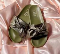 pelzartart und weise großhandel-PUMΑ 2019 Frühjahr und Sommer neue Mode europäischen und amerikanischen Stil Kaninchenfell mit High Heel Sandalen hohlen sexy Schuhe
