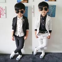 ingrosso vestito da bambino-Blazer bambino a righe tuta (giacca camicie spilla pantalone) ragazzi Ragazzi Vestito da ballo Costumi per bambini Vestito per bebè Slim bambino Nero / bianco